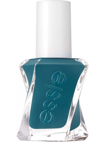 Off Duty Style * Essie Gel Couture